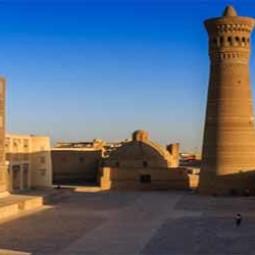 'Минарет Калян и мечеть Калян в комплексе Пои Калян в Бухаре
