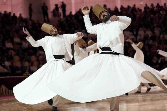Танцующие (кружащиеся) дервиши