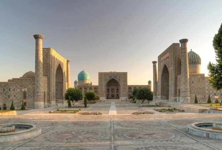 Площадь Регистан Самарканда