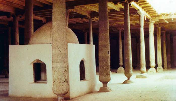 Интерьер Джума-мечети