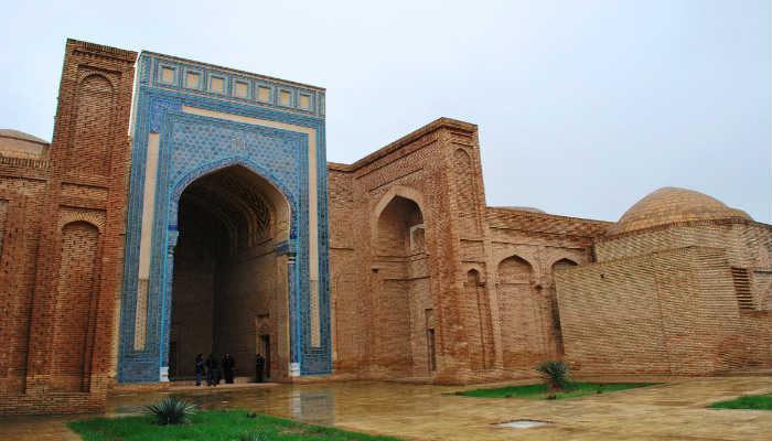 комплекс Султан Саодат