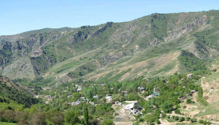 город Янгиабад